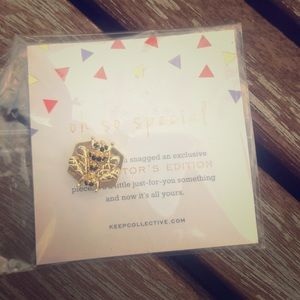 Keep Collective Pave Bee Charm Collectors Edition